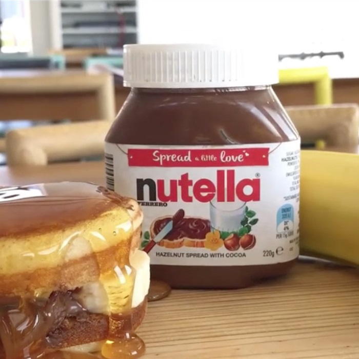 Aussie Banana Burgers With Nutella
